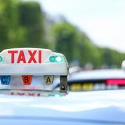 Couvre-feu: entre 30 et 40% de baisse d'activité le soir chez les taxis et VTC