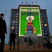 Occitanie: les caricatures de Charlie Hebdo projetées sur les hôtels de région