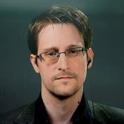 Edward Snowden reçoit un titre de résident permanent en Russie