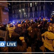 Covid-19 : des heurts éclatent à Naples entre la police et des jeunes opposés au couvre-feu