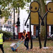 Le street artist STIK voulait offrir ses affiches, des voleurs les revendent sur Internet