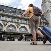 Reconfinement : ces Parisiens qui fuient déjà la capitale