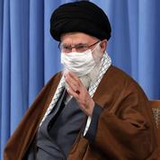 Le soutien de Macron aux caricatures du prophète est un «acte stupide», selon Khamenei