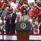 En Floride, Trump vante l'économie, Biden l'attaque sur la pandémie