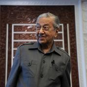 L'ex-premier ministre malaisien critique Facebook et Twitter après le retrait de ses commentaires sur les musulmans et la France