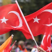 À Dijon, un défilé turc aux cris d'«Allah Akbar» a eu lieu quelques heures après l'attentat de Nice