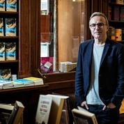 Pour Philippe Besson, proche de Brigitte et Emmanuel Macron, «on a l'obligation morale d'ouvrir les librairies»