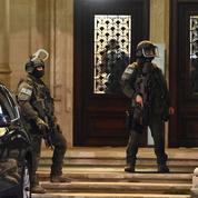 Fusillades à Vienne : «Nous ne céderons rien», assure Macron