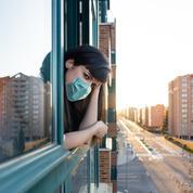 Covid-19 : des professionnels de santé plaident pour le port du masque à la maison