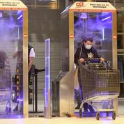 Covid-19: en Corse, un hypermarché installe des «tunnels de désinfection»