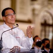 Pérou: l'ex-président critique le nouveau pouvoir, appelle à des manifestations «pacifiques»