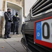 Allemagne : procès en vue pour douze néonazis soupçonnés d'avoir projeté des attentats