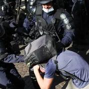 Loi «sécurité globale» : Darmanin plaide pour le floutage des policiers
