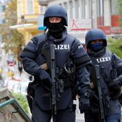 Attentats : les 27 veulent renforcer les frontières extérieures de l'UE