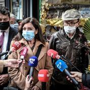 Covid-19 : les écrivains en croisière sur la Seine débarqués par la police