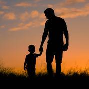 Le Sénat vote le doublement du congé paternité, dont sept jours obligatoires