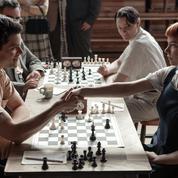Le jeu de la dame ,une série de coups de maître pour les joueurs d'échecs