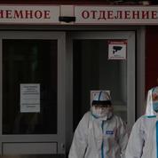 Covid-19 : record de décès en Russie, situation inquiétante en province