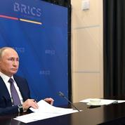 Covid-19 : Poutine appelle les BRICS à unir leurs efforts pour produire les vaccins russes