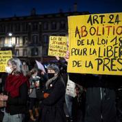 «Nous n'accréditerons pas nos journalistes pour couvrir les manifestations»