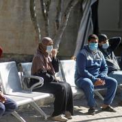 Covid-19 : situation «hors de contrôle» à Gaza, couvre-feu en Cisjordanie