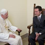 Mort du majordome qui avait trahi Benoît XVI