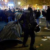 Le gouvernement demande une solution «sans délai» pour des migrants en errance à Paris