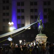 Argentine : la dépouille de Maradona arrive au palais présidentiel pour la veillée funèbre