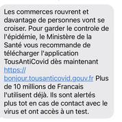«Le ministère de la Santé vous recommande de télécharger TousAntiCovid» : comment l'État envoie des SMS à des millions de Français