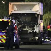 Attentat de Nice en 2016 : un homme, qui avait couru après le camion, réclame le statut de partie civile