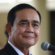Thaïlande : la justice maintient au pouvoir le premier ministre au risque d'aggraver les tensions