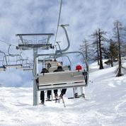 Les Suisses skieront à Noël mais avec des restrictions