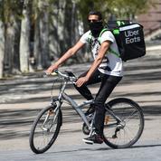 Des syndicats CGT de livreurs à vélo passent à l'offensive contre l'ubérisation
