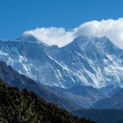 L'Everest prend de la hauteur, en accord avec la Chine et le Népal