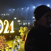 «Nous avons le droit de profiter après cette année catastrophique» : des Français veulent fêter (malgré tout) le Nouvel an