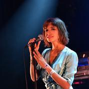 La chanteuse du groupe L'Impératrice dénonce des violences sexuelles dans le monde de la musique