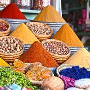 Street food : cinq délices salés à savourer sur le pouce au Maroc