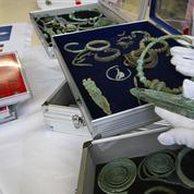 Archéologie : un «trésor inestimable» de 27.400 pièces retrouvé chez un pilleur français