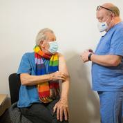 Gandalf est vacciné contre le Covid : l'acteur Ian McKellen a reçu sa première dose de Pfizer-BioNTech