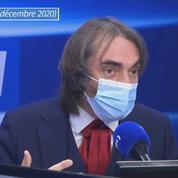 Vaccins : «Il ne faut pas caricaturer ceux qui s'en méfient», selon Cédric Villani