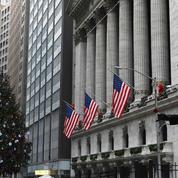 Wall Street dans le rouge, apeurée par la mutation du virus