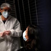 Covid-19 : la hausse des contaminations imputable aux réunions de famille, selon une infectiologue