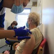 Covid-19 : première personne vaccinée en Suisse