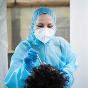 Covid-19 : plus de 600.000 personnes testées lors d'une campagne régionale de tests en Auuvergne-Rhône-Alpes