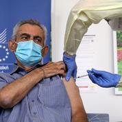 AstraZeneca assure que son vaccin protège à 100% contre les formes sévères du Covid-19