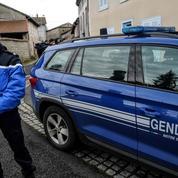 Besançon : un homme criblé de balles à travers une porte