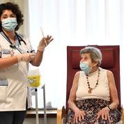 Covid-19 : à la traîne sur les vaccins, la France espère rattraper son retard dès lundi