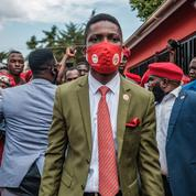 Ouganda : le chanteur Bobi Wine arrêté par la police en pleine campagne présidentielle