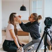 Comment les adolescentes modèlent l'industrie de la beauté