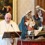 «Il faut se faire vacciner», exhorte le pape qui dénonce «un négationnisme suicidaire» des anti-vaccins